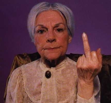 old-lady-giving-the-finger-e1284953678311